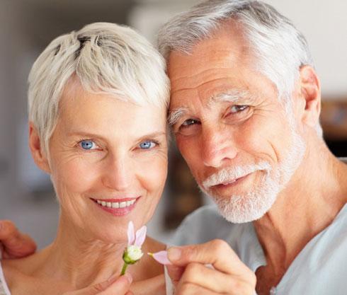 фото ожилых женщин с муж